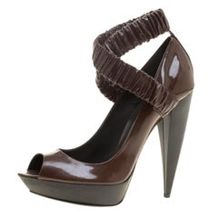 Burberry Brown Patent Leather Ruched Criss Cross Peep Toe Pumps Size 39