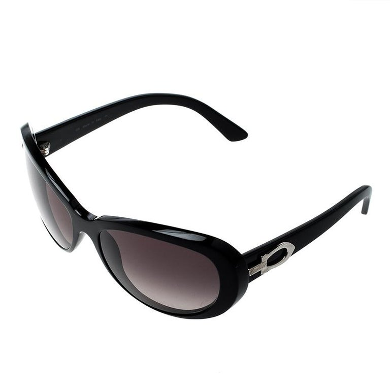 69cded77b079 Cartier Black  Black Gradient Cat Eye Sunglasses In Good Condition For Sale  In Dubai