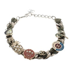 Chanel Multicolor Embellished Charm Fabric Woven Silver Tone Chain Link Choker N