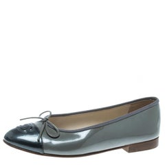 Chanel Two Tone Grey Patent Leather CC Cap Toe Bow Ballet Flats Size 36.5