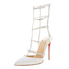 Christian Louboutin White Scallop Embossed Leather Kadreyana Pointed Toe Cage Sa