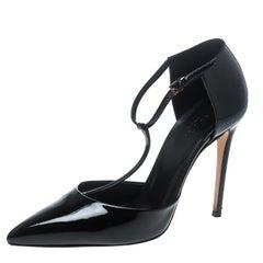 Gucci Black Patent Leather T-Strap Sandals Size 38