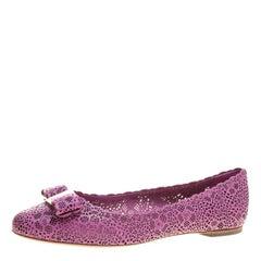 Salvatore Ferragamo Pink Laser Cut Leather Rubens Scalloped Trim Ballet Flats Si