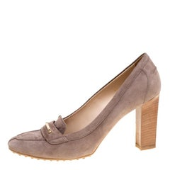 Tod's Beige Suede Loafers Pumps Size 40