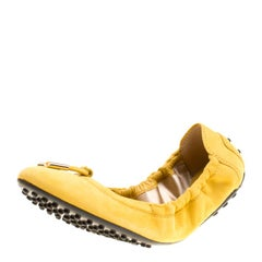 Tod's Yellow Suede Bow Scrunch Ballet Flats Size 37