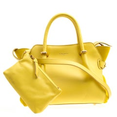 Nina Ricci Handbags and Purses