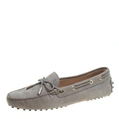 Tod's Beige Suede Bow Loafers Size 40