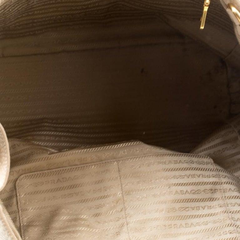 Prada Beige Leather Vitello Diano Side Zip Tote For Sale 2