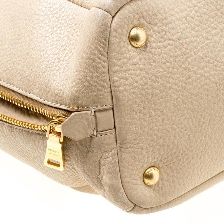 Prada Beige Leather Vitello Diano Side Zip Tote For Sale 3