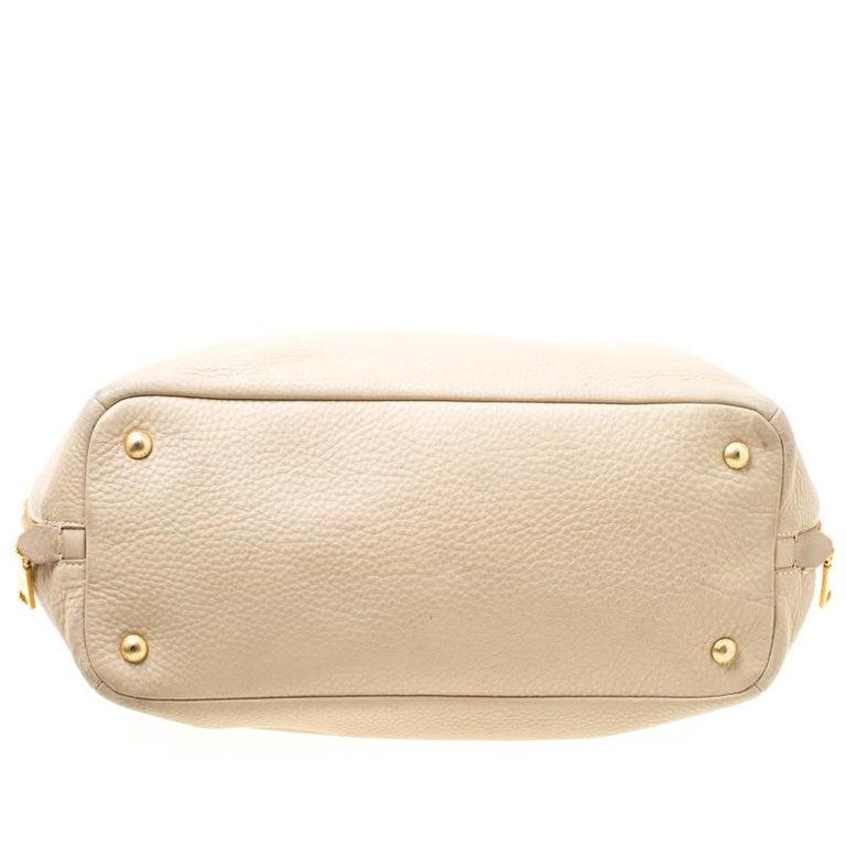 Prada Beige Leather Vitello Diano Side Zip Tote For Sale 4