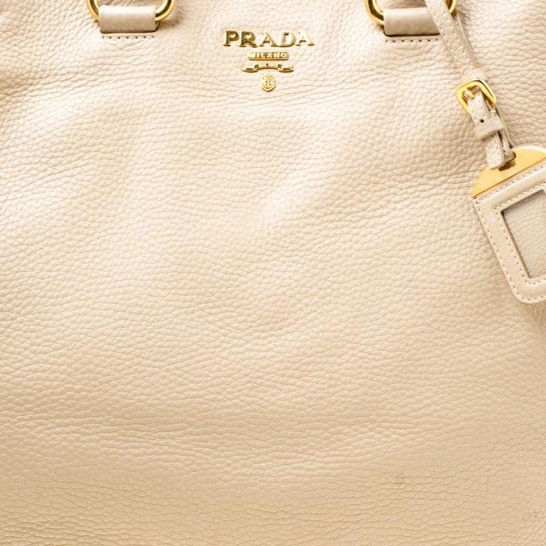 Prada Beige Leather Vitello Diano Side Zip Tote For Sale 7