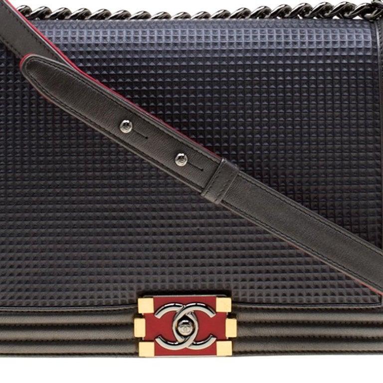 Chanel Dark Grey Cube Embossed Leather Jumbo Boy Flap Bag For Sale 3