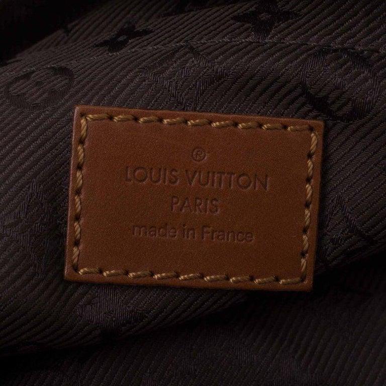 Louis Vuitton Moka Monogram Limited Edition Onatah Pochette For Sale 5