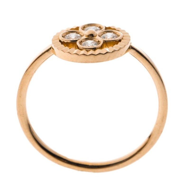 Louis Vuitton Blossom BB Diamond 18k Rose Gold Ring Size 51 In Good Condition For Sale In Dubai, Al Qouz 2