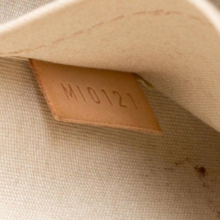 Women's or Men's Louis Vuitton Perle Monogram Vernis Alma GM Bag For Sale
