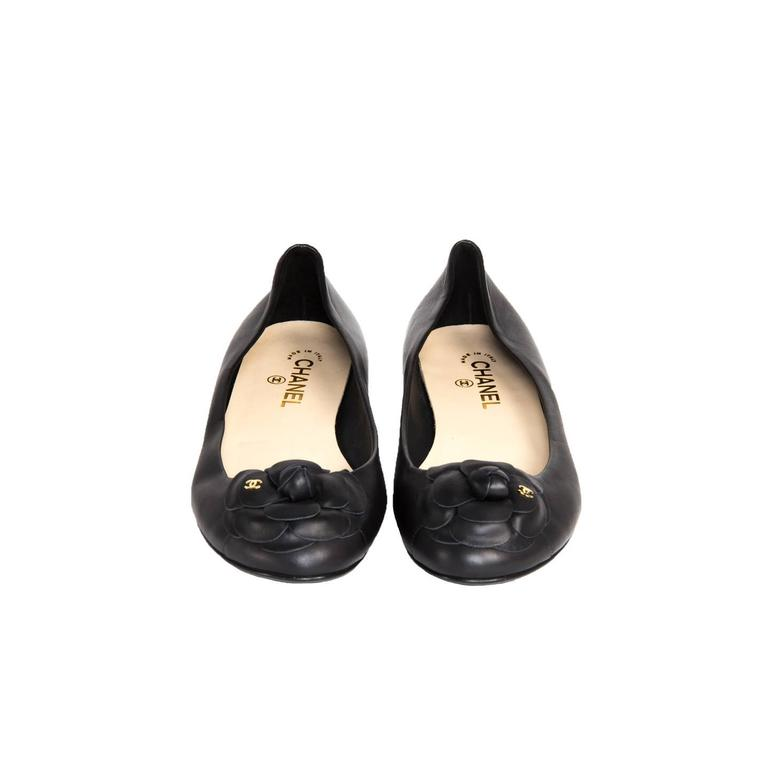 Chanel Black Leather Ballerina Flats In New Condition For Sale In Brooklyn, NY