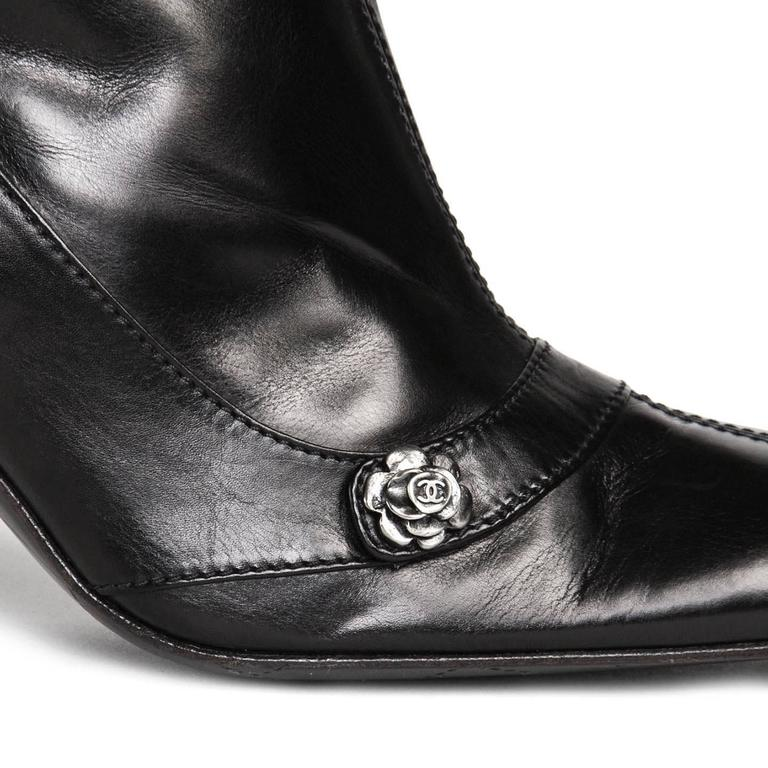 Chanel Black Round Toe Boots For Sale 1