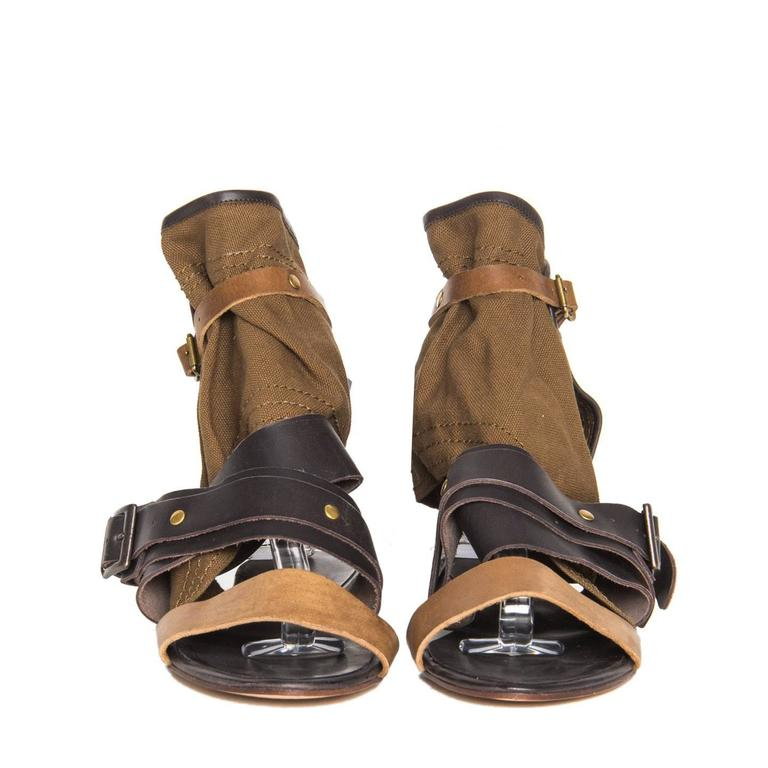 c333f21e8f0 Chloe  Brown Shades Leather   Canvas Sandals In New Condition For Sale In  Brooklyn