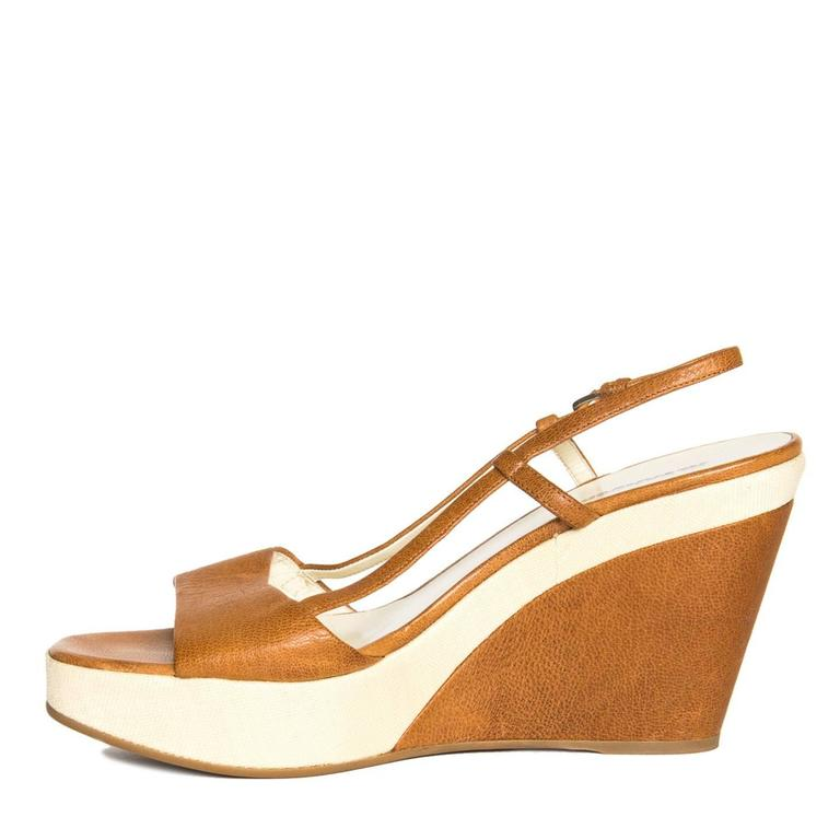 Jil Sander Tan & Beige Leather Sandal In New Condition For Sale In Brooklyn, NY