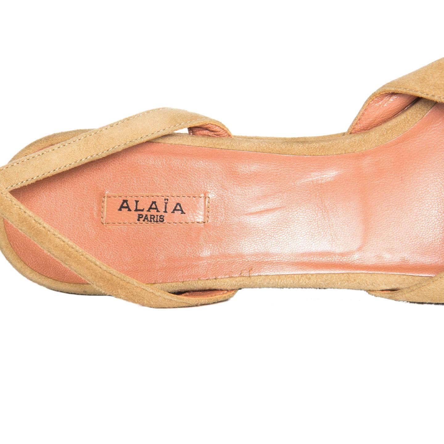d6914bc38c9 Alaïa Tan Suede Wedge Sandals For Sale at 1stdibs