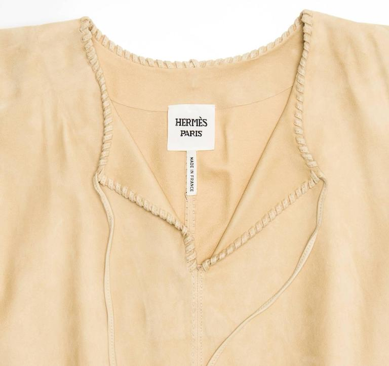 Hermès Natural Suede Fringed Top In New Never_worn Condition For Sale In Brooklyn, NY