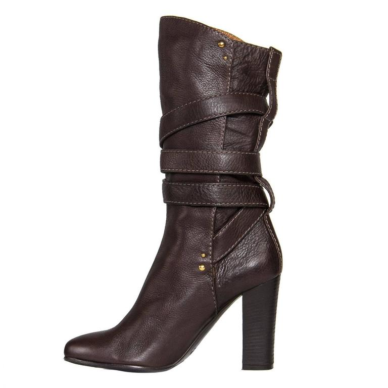 Chloe' Chocolate Brown Boots In New Condition For Sale In Brooklyn, NY