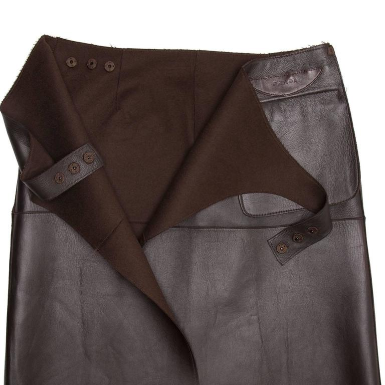 Women's Prada Brown Reversible Leather & Camel Skirt For Sale