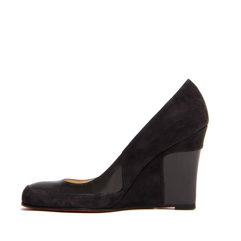 f06438ca2e7b Christian Louboutin Grey Suede   Leather Wedges In New Condition For Sale  In Brooklyn