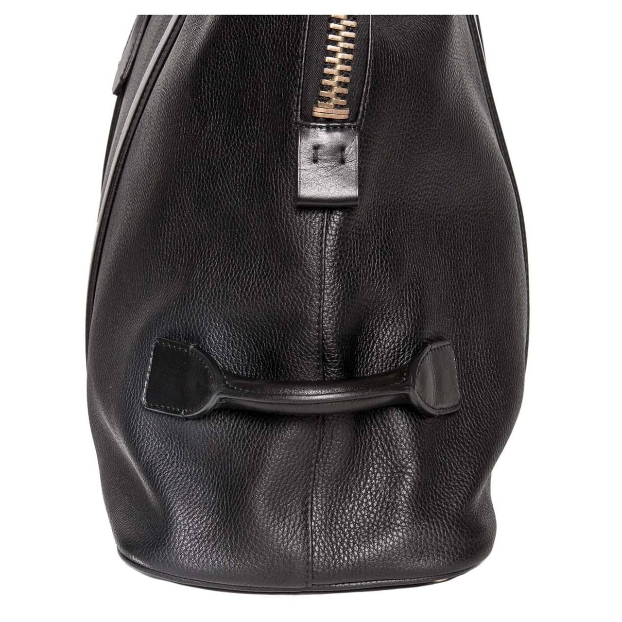 Women's or Men's Tom Ford Black Leather Oversize/Travel Bag For Sale