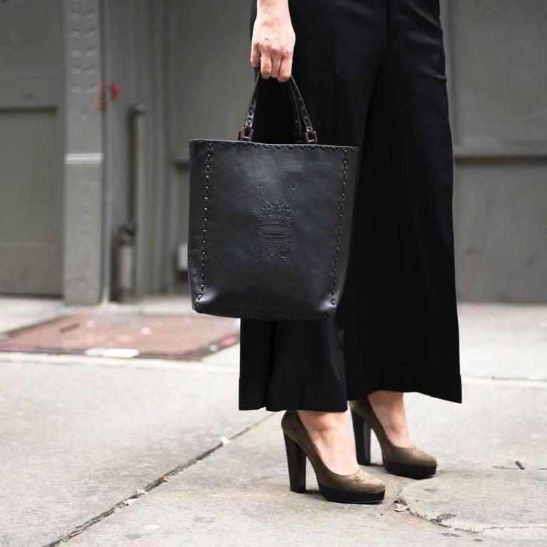 Fendi Black Leather Medium Tote Bag For Sale 2