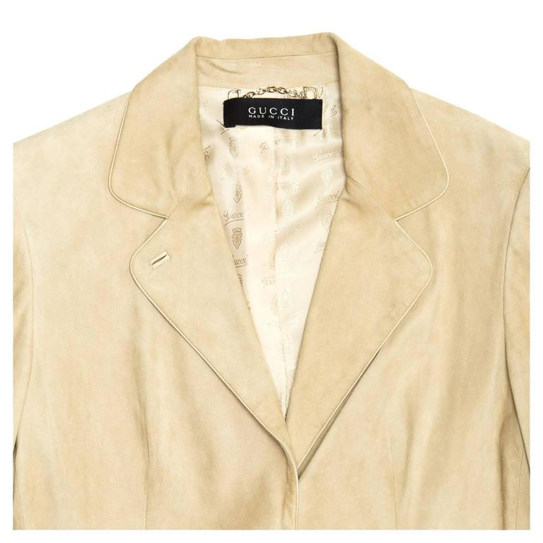 Gucci Beige Jacket With Gold Clasps For Sale at 1stdibs 8da1ddb57