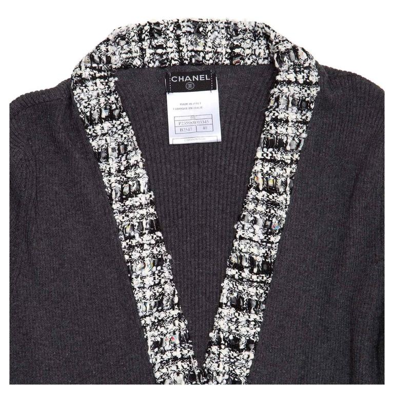 Chanel Grey Cotton and Tweed Long Cardigan In New Condition For Sale In Brooklyn, NY