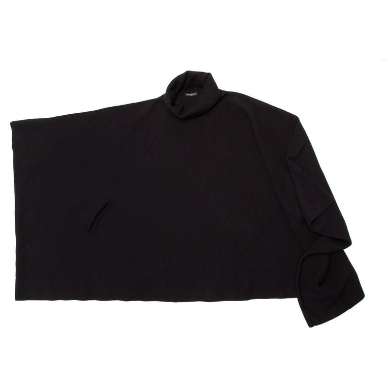 Balmain Black Wool & Cashmere Poncho In New Never_worn Condition For Sale In Brooklyn, NY