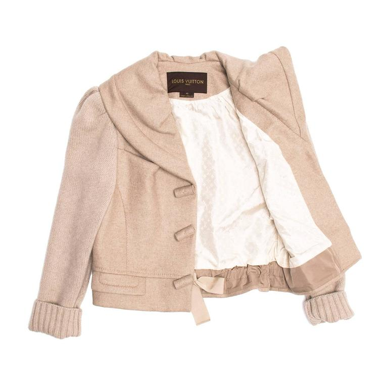 Beige Louis Vuitton Ecru Cashmere Cropped jacket For Sale