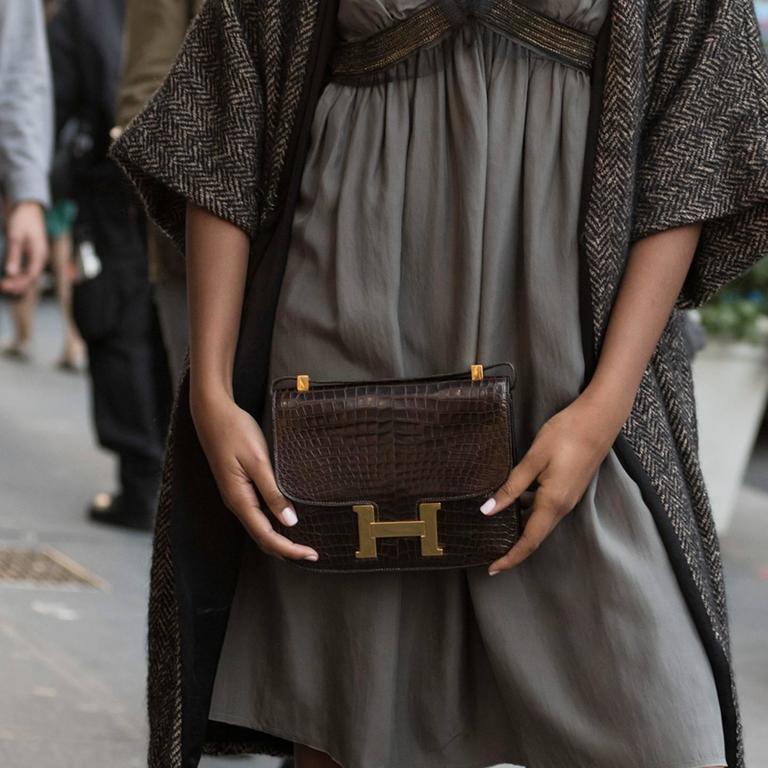 Hermès Brown Crocodile Constance 23cm Bag For Sale 4