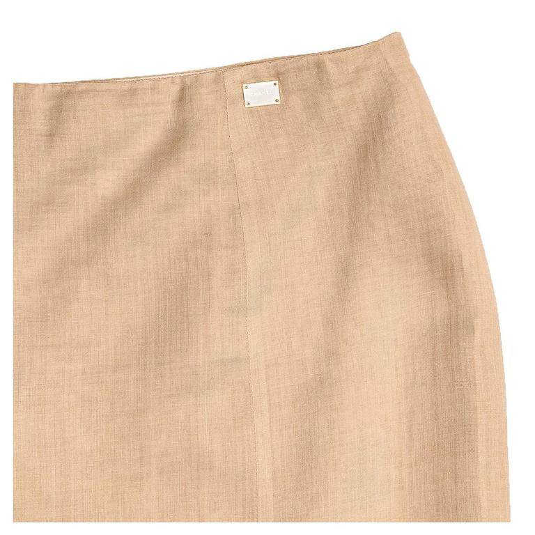 Chanel Tan Ramie Trumpet Style Skirt In Excellent Condition For Sale In Brooklyn, NY