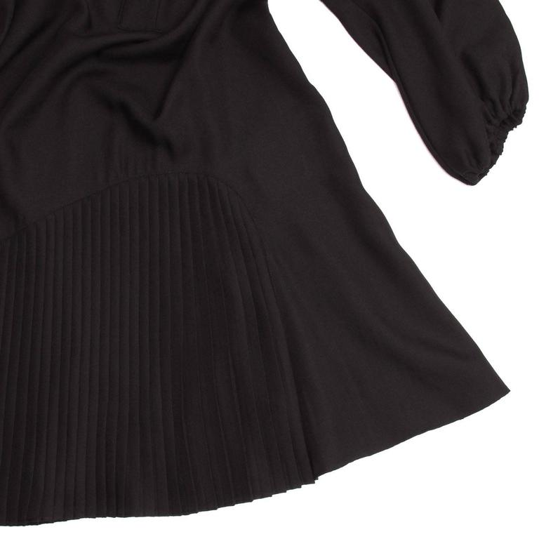 Givenchy Black Wool Pleated Dress For Sale 1
