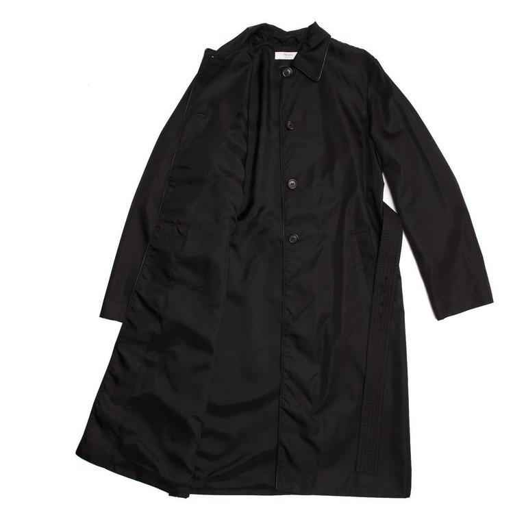 Women's Prada Black Nylon Raincoat For Sale