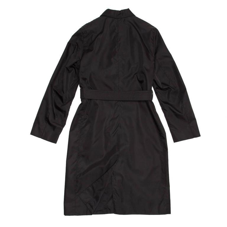 Prada Black Nylon Raincoat In Excellent Condition For Sale In Brooklyn, NY
