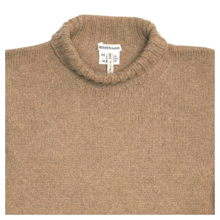 Hermès Camel Cashmere Sweater In Excellent Condition For Sale In Brooklyn, NY
