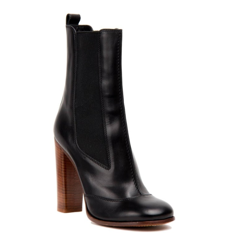 Celine Black Chelsea Mid-Calf Boot In New Condition For Sale In Brooklyn, NY