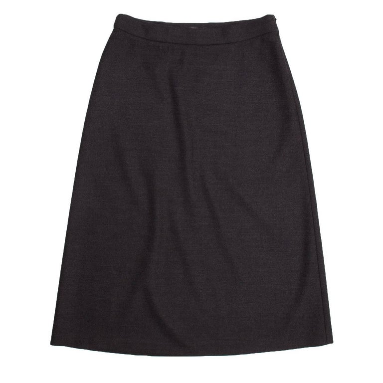 Prada charcoal grey virgin wool skirt. A-line shape with high waist and above knee length.  Size  46 Italian sizing  Condition  Excellent: worn a few times