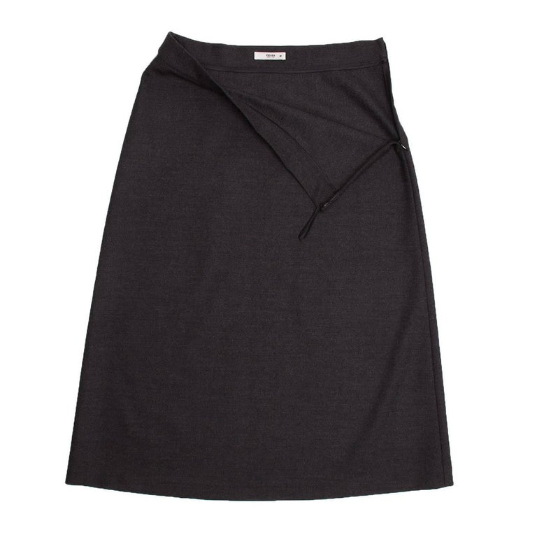 Prada Charcoal Grey A-Line Skirt In Excellent Condition For Sale In Brooklyn, NY