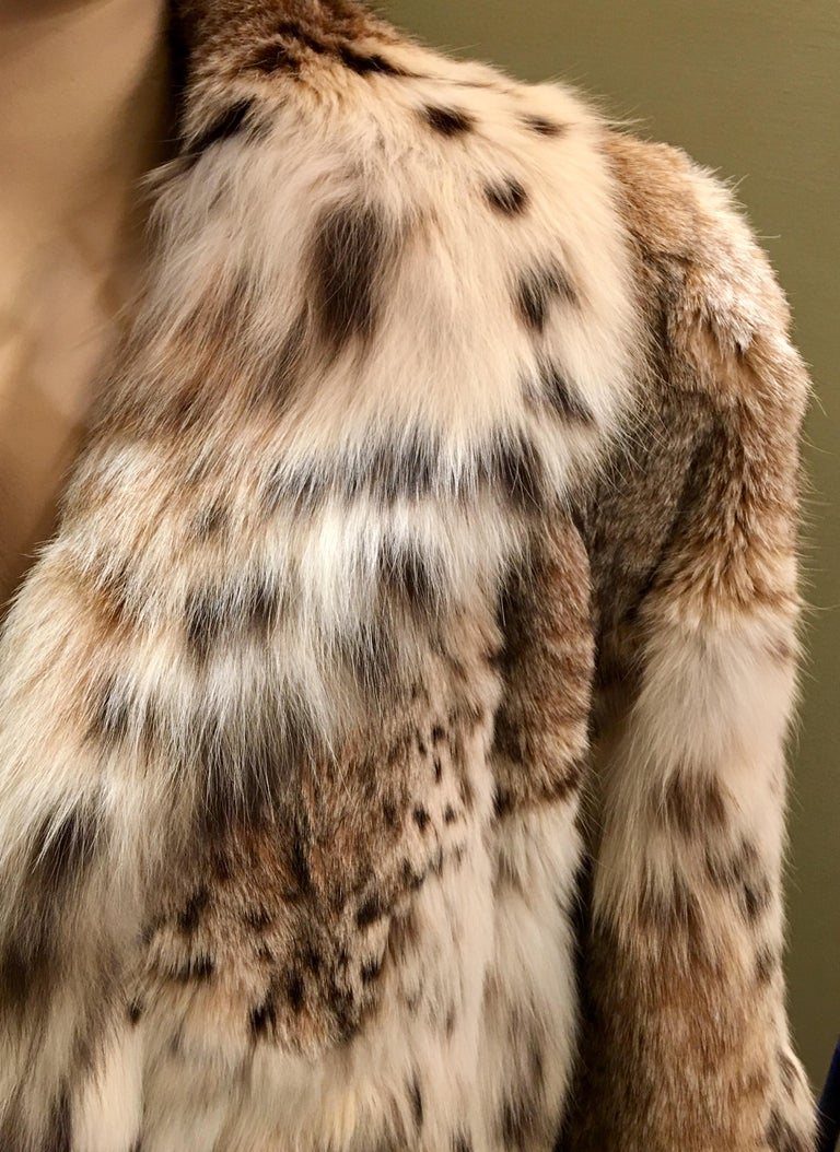 Sexy Natural Spotted Lynx 3 Quarter Length Ultra Soft High Fashion Fur Coat For Sale 2