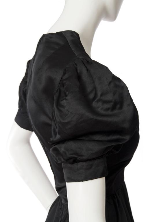 Women's 70s Oscar de la Renta Silk Satin Cocktail Dress For Sale