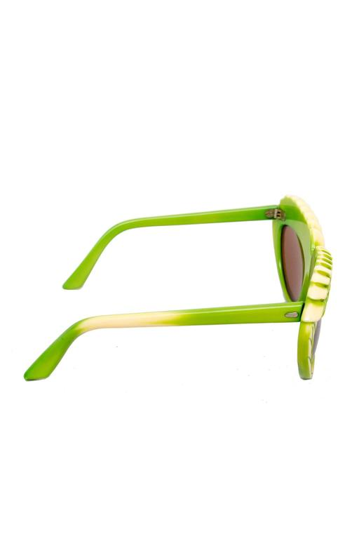Brown A pair of 1980s Green Isabel Canovas Sunglasses For Sale