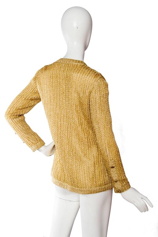 1960s Chanel Haute Couture Gold Lurex Cardigan  In Good Condition For Sale In Copenhagen, DK