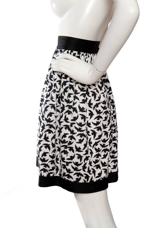 Iconic 80s Yves Saint Laurent Bird Print Wrap Skirt  In Good Condition For Sale In Copenhagen, DK