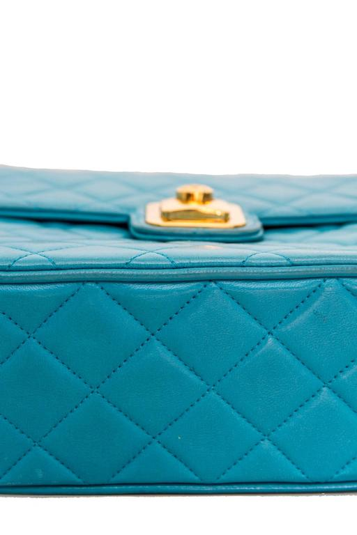 90s Turquoise Chanel Quilted Leather Shoulder Bag  For Sale 1