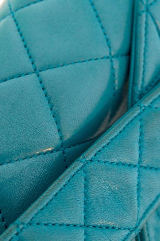 90s Turquoise Chanel Quilted Leather Shoulder Bag  For Sale 3